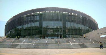 Po ponad 3 latach od rozpoczęcia budowy, inwestycja zbliża się ku końcowi. Hala Gliwice (TV)