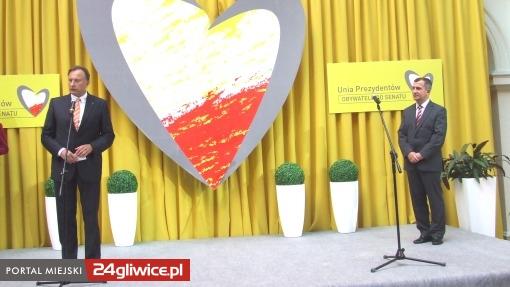 Z powodu nieobecności Zygmunta Frankiewicza, gliwickiego kandydata zaprezentował prezydent... Tychów
