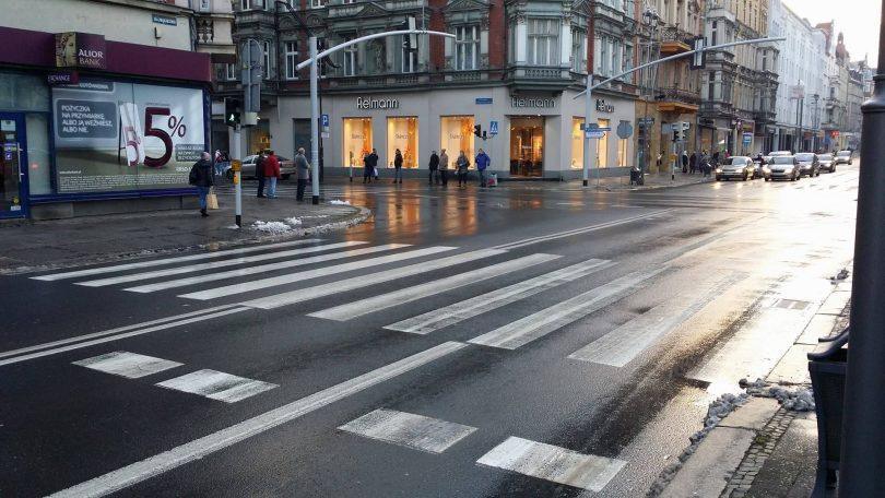 Konieczność Poprawienia Oświetlenia Przejść Policja I Zdm