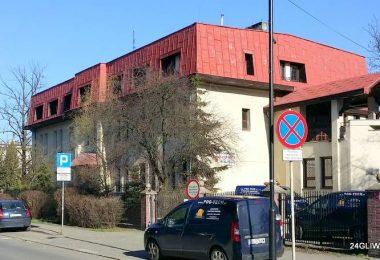Dawny Dom Dziecka przy ul. Zygmunta Starego został dostosowany pod potrzeby szpitala.